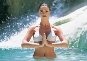 Health Benefits of Spas - Woman in water
